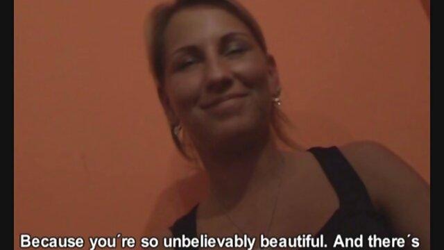 परी पूल में बिकनी सेक्सी वीडियो हिंदी मूवी एचडी उतारती है