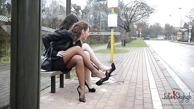 उच्च ऊँची एड़ी के जूते सेक्स