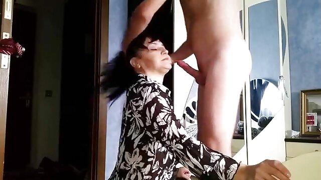 एवलिन हिंदी सेक्सी मूवी फिल्म पाई पाइंस द्वारा अलग करना