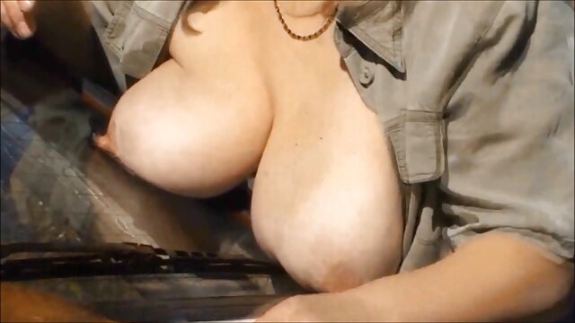 कामुक सेक्सी फिल्म फुल एचडी फिल्म जूलिया